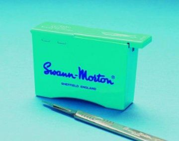 Swann Morton blade remover unit - (each unit holds up to 100 blades) pack of 2 units